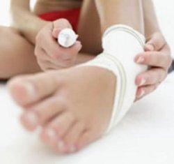 Как лечить растяжение связок колена у ребенка