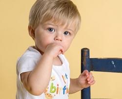 Развитие ребенка в полтора года (1 год 6 месяцев)